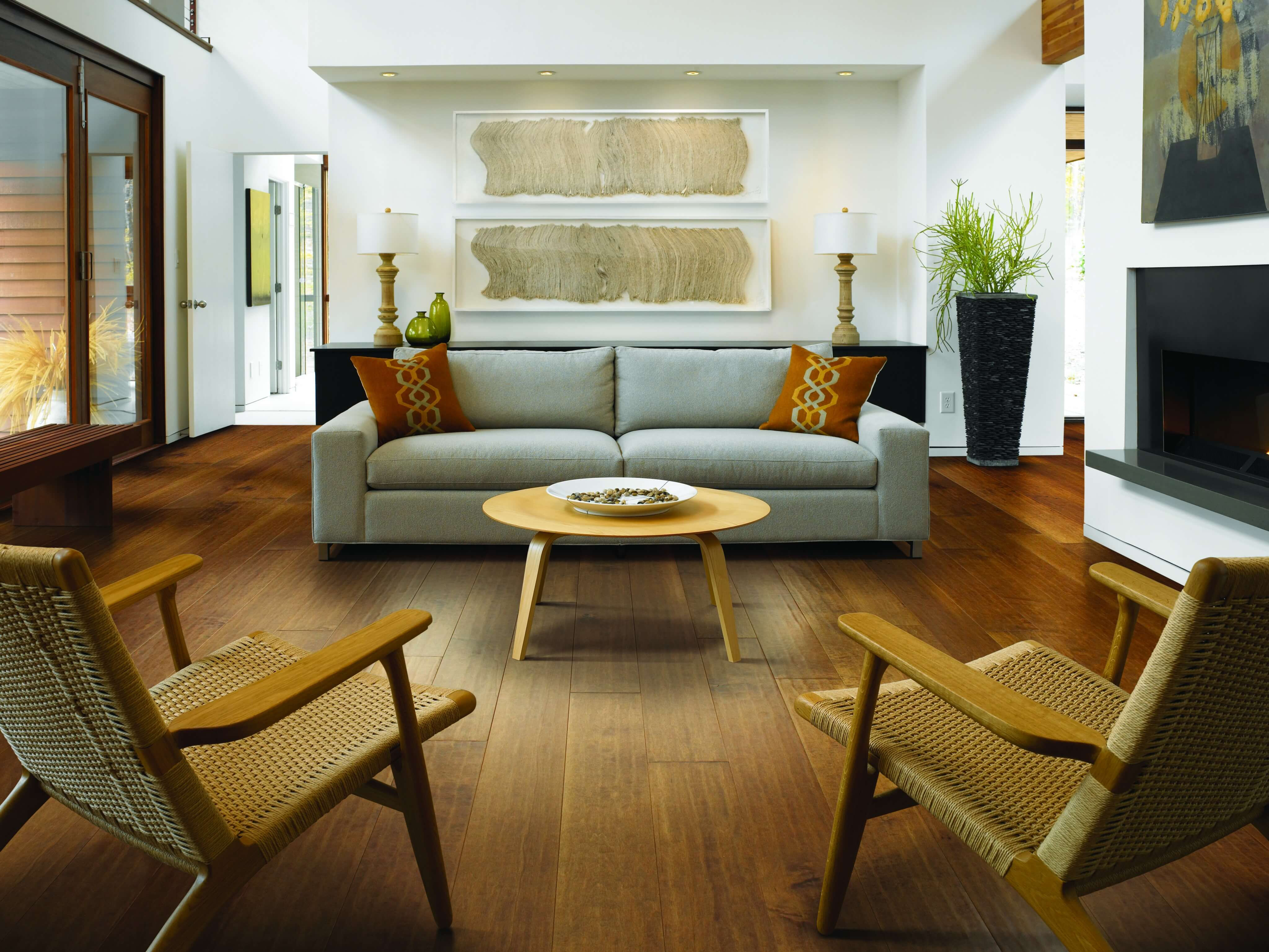 Why does Your Engineered Hardwood Flooring Have Gaps?