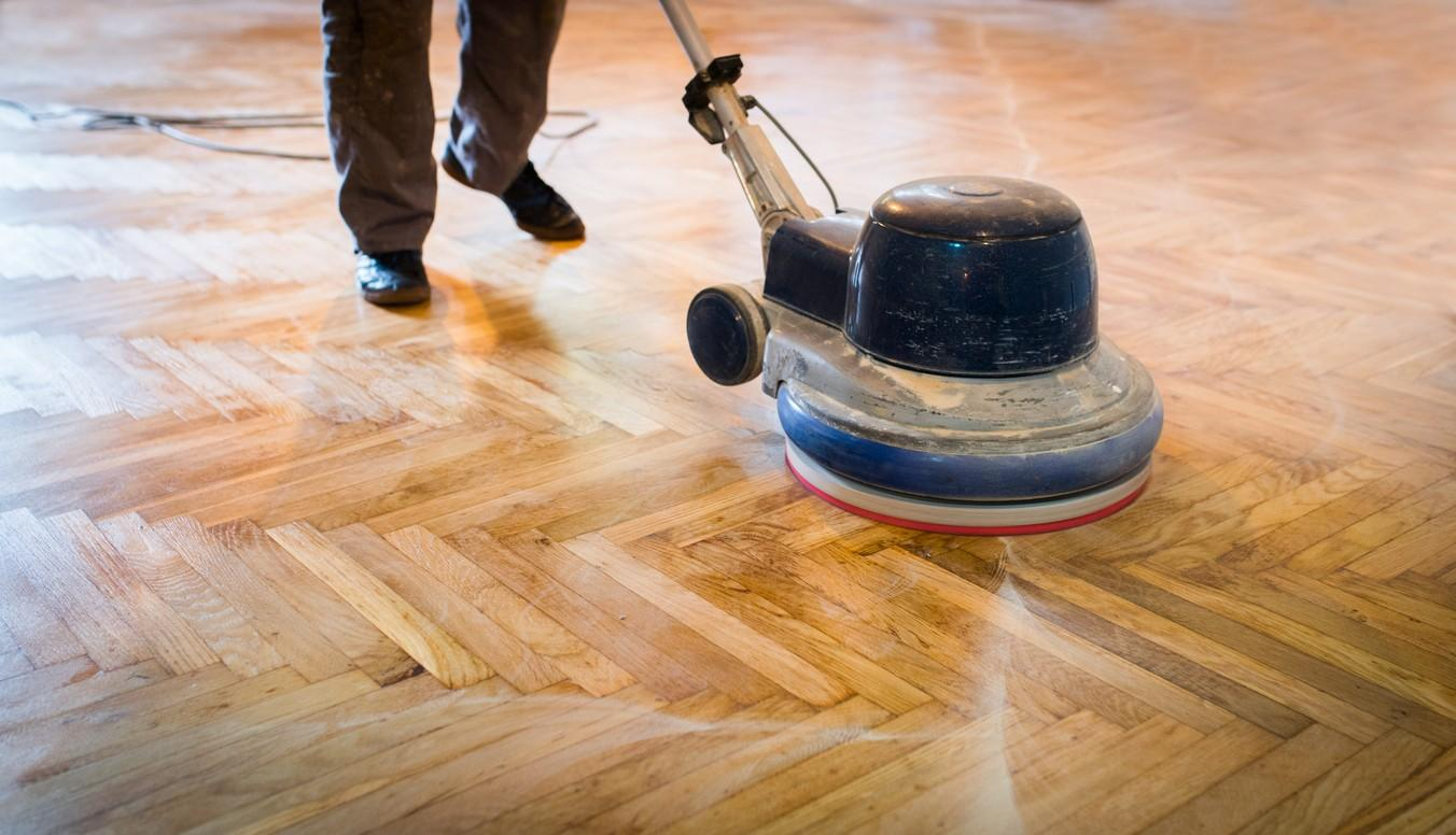 5 Tips to Make Your Hardwood Flooring Shine Again!